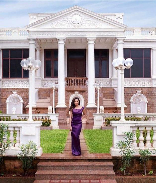 Best Celebrity Homes In India111 - Best Celebrity Homes In India